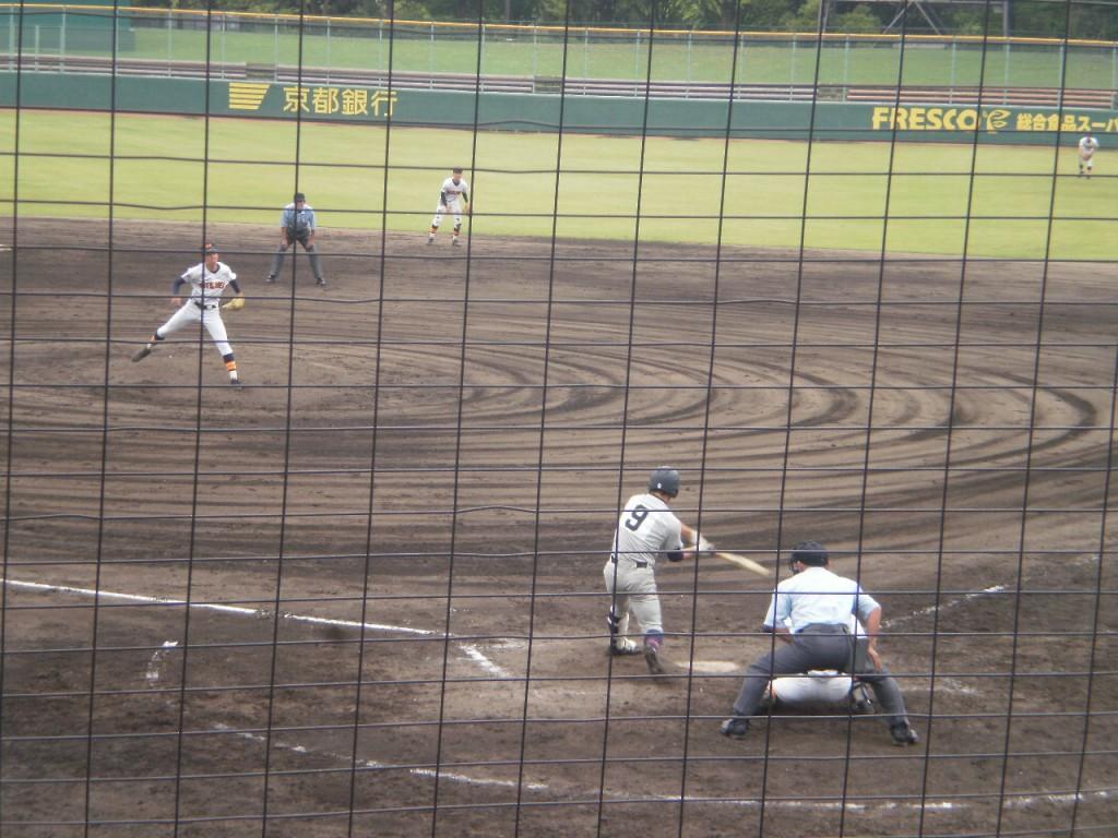 タイムリーヒットの奈良選手