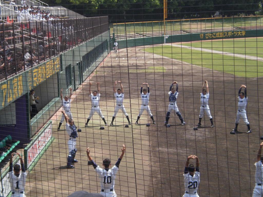 龍谷大平安試合前恒例のアップ風景