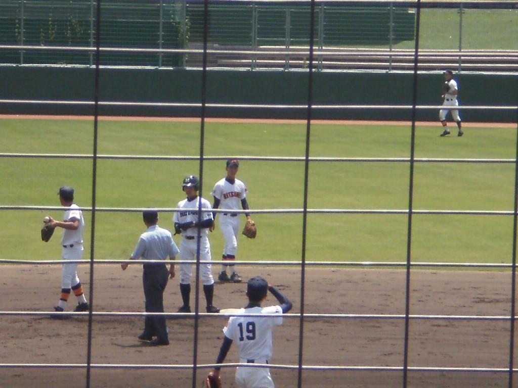 2塁打の平安、岡田選手