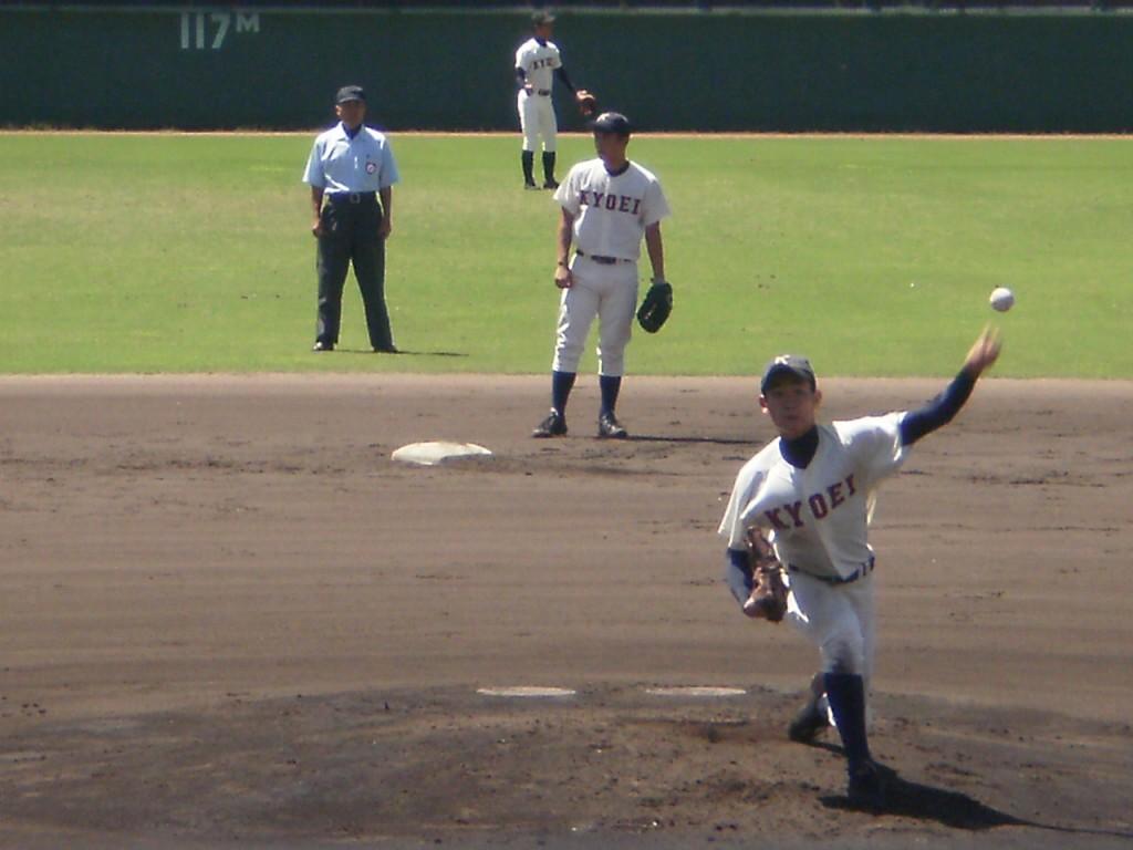 投手としての菅田選手は左の本格派