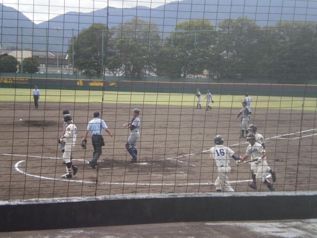 京都成章が3-0とリード