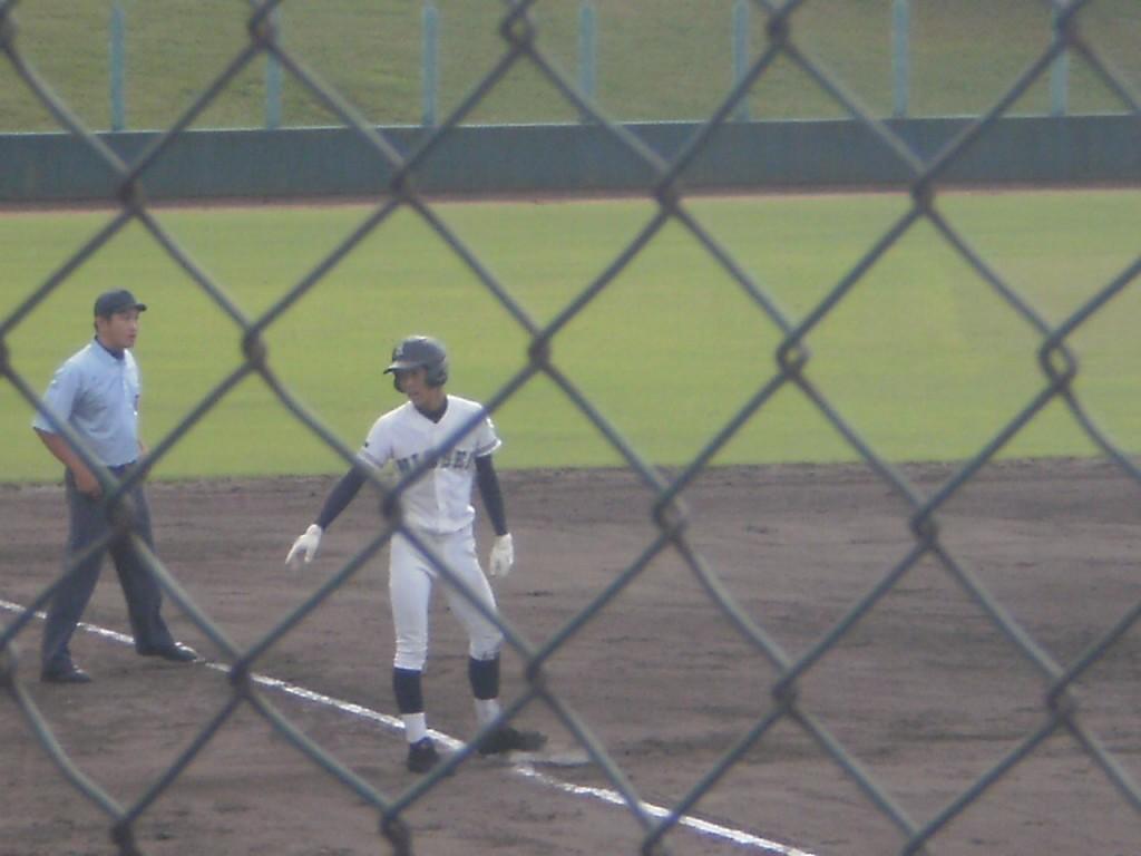 3塁打の波多野選手