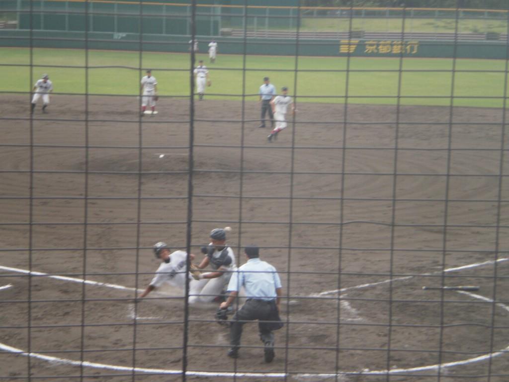 西川選手が還り6-0と平安がリード