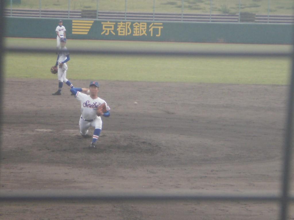 成美3番手の梅川投手