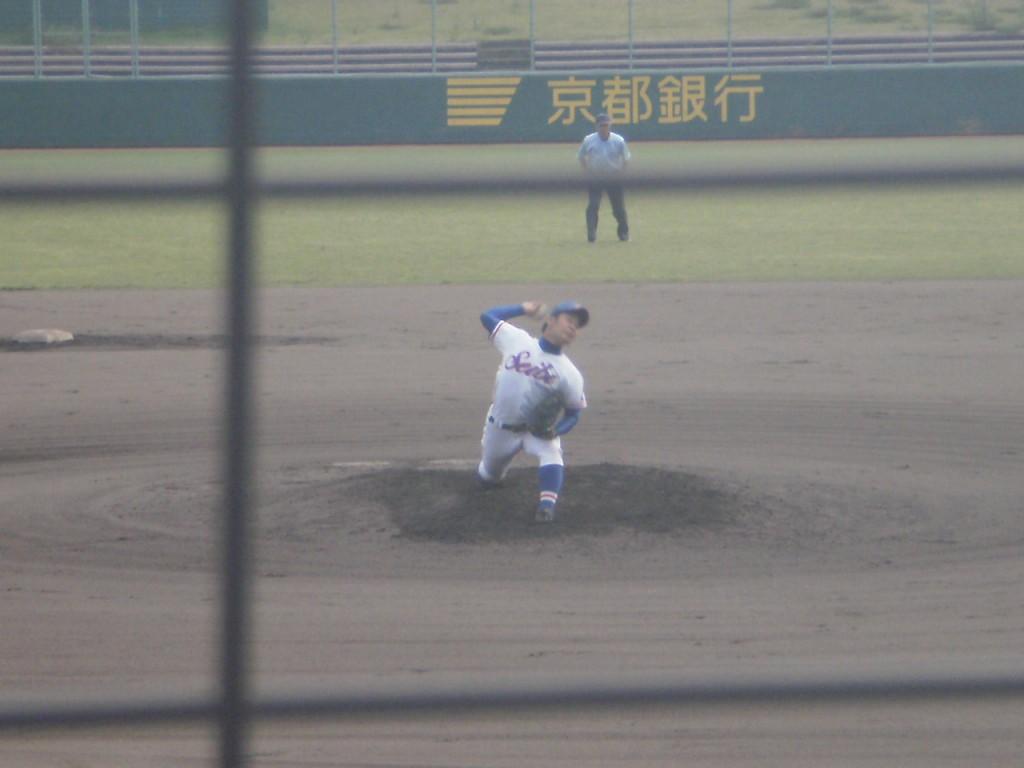 成美4番手の藤山投手
