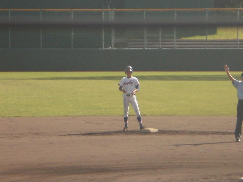 タイムリー2塁打の森下リズム選手