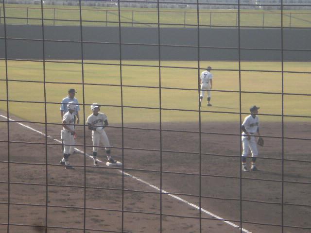タイムリー3塁打の岡本選手