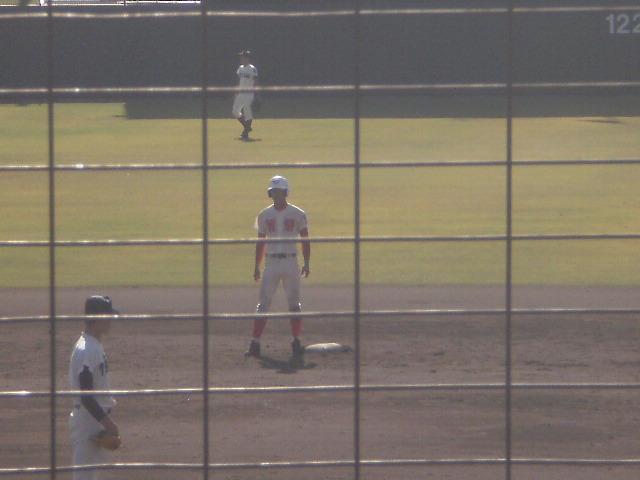 タイムリー2塁打の岡澤選手
