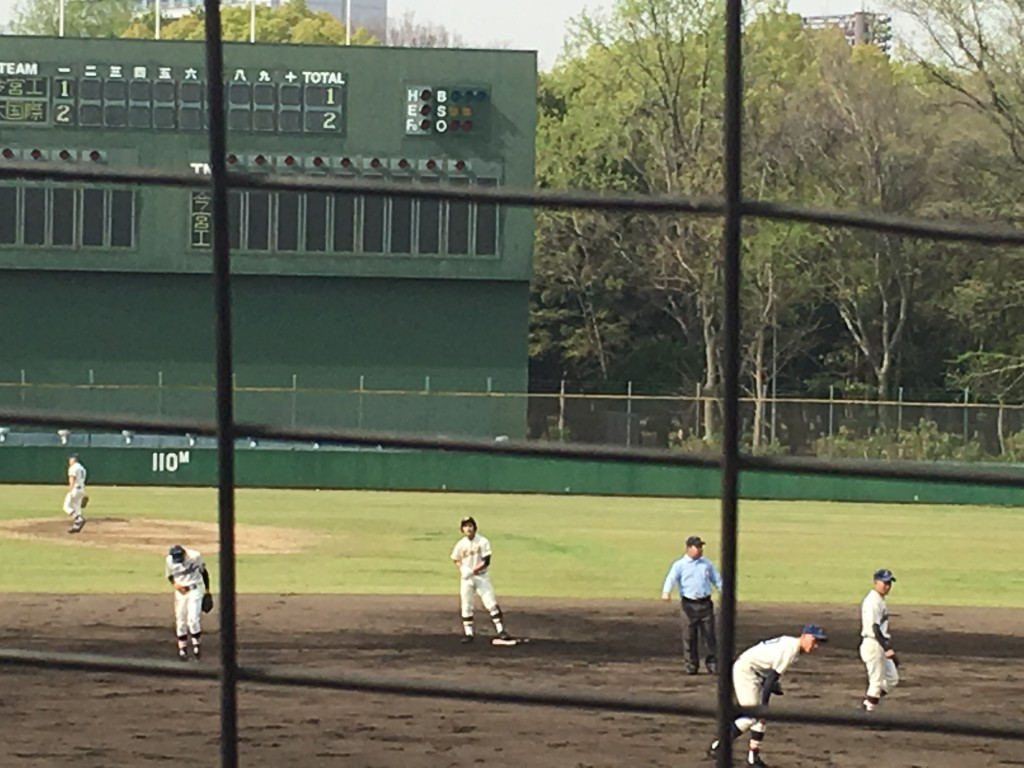 逆転タイムリーヒットの大阪国際大和田、背番号3の選手