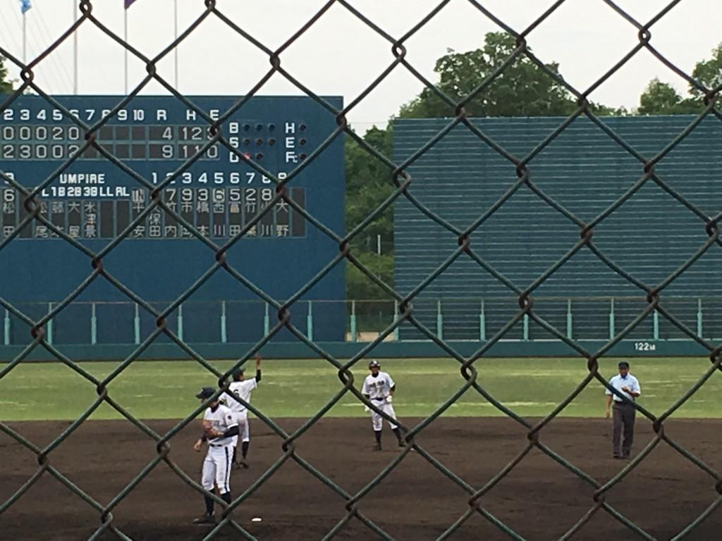 タイムリー2塁打を放った平安橋本選手