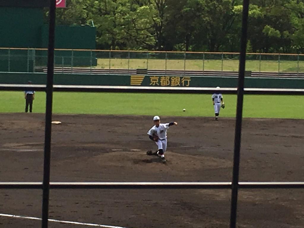 京都翔英、先発の高向投手