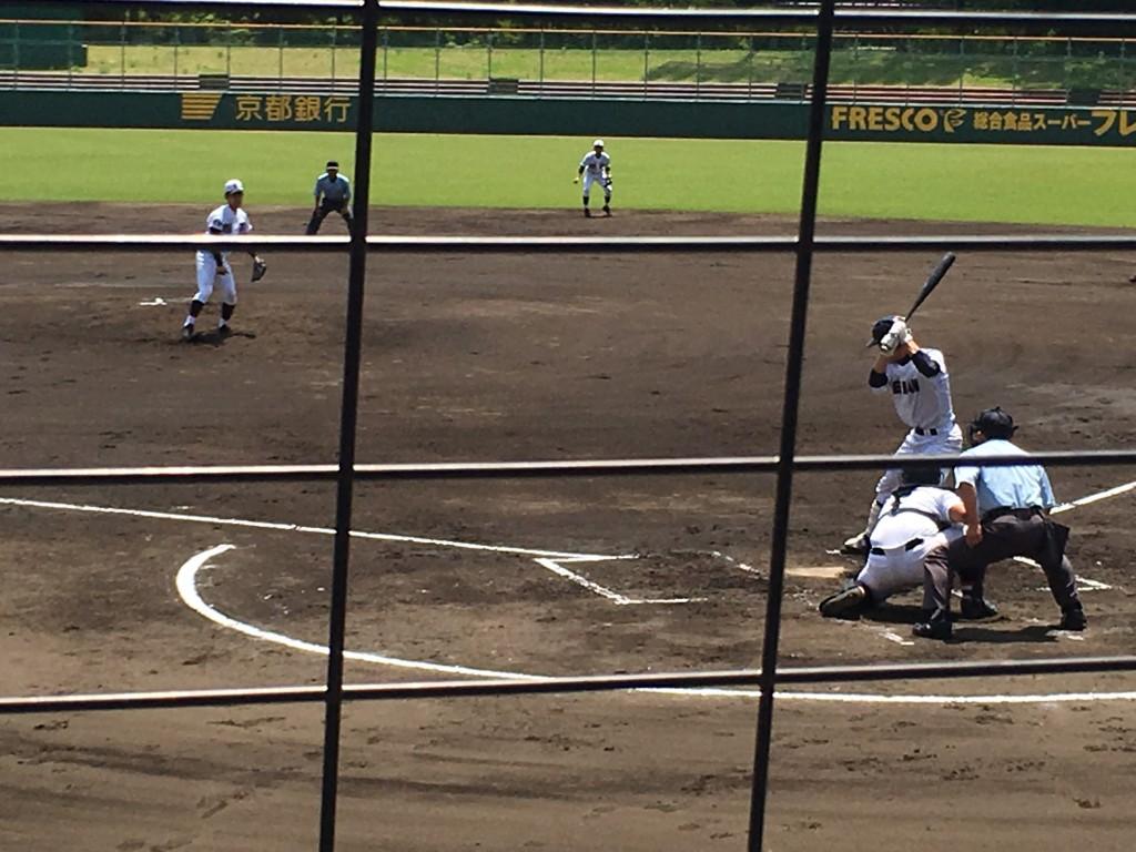 2死満塁の場面で強打者岡田選手を見逃し三振に獲った瀧野投手