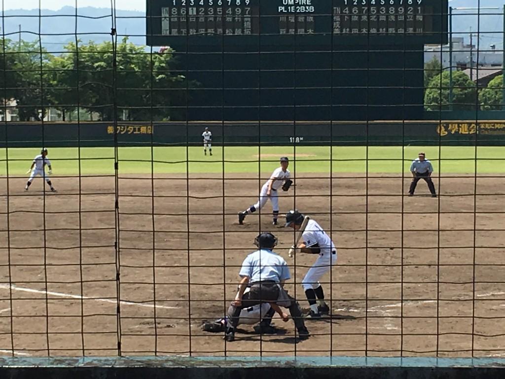 ピンチの場面で三振を獲る梅川投手