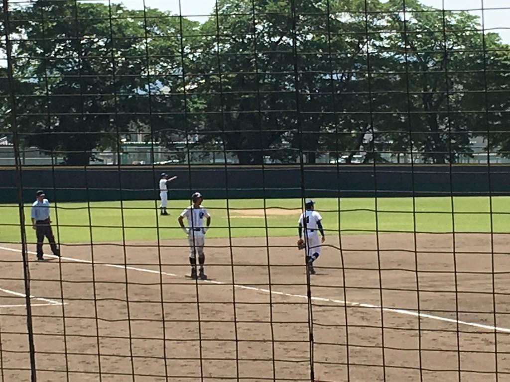 3塁まで進んだ代走の藤村選手