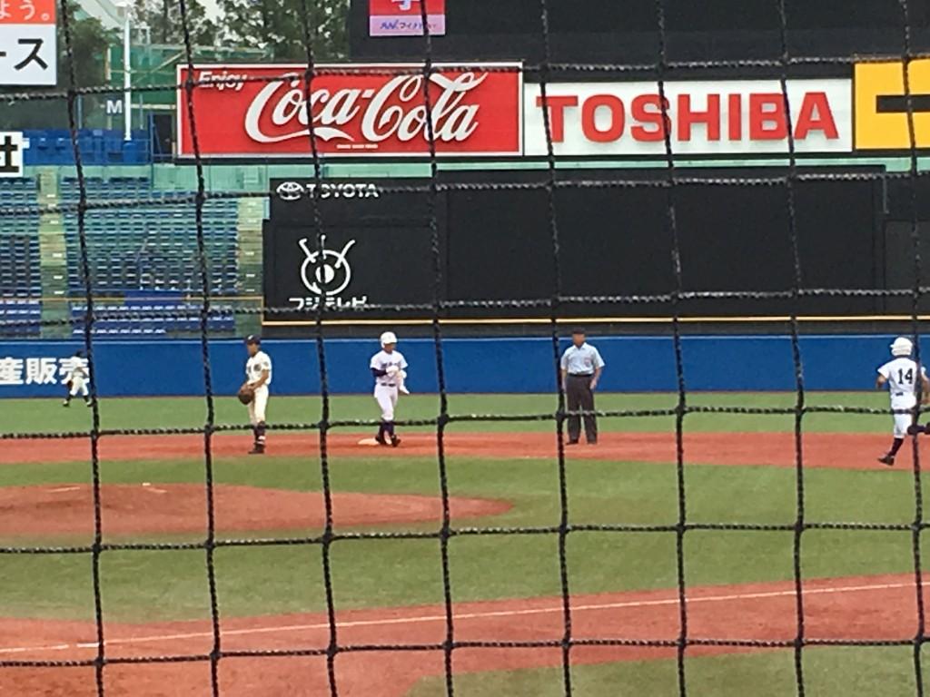 タイムリー二塁打の佐藤佑選手