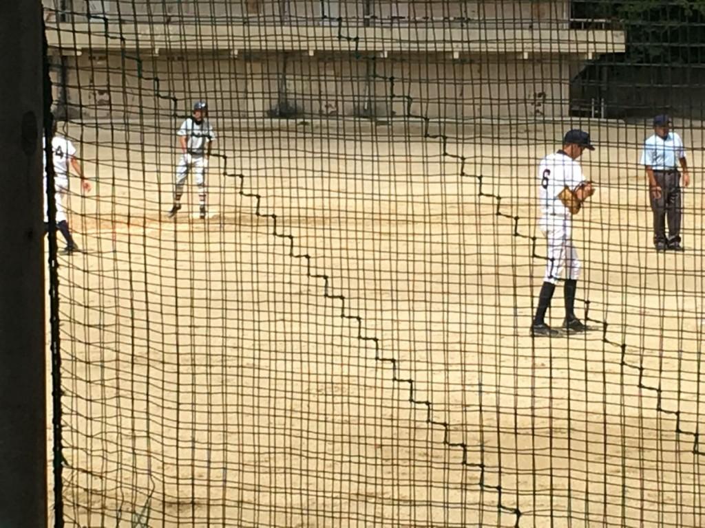 京産大附、主砲の二塁打で1点を返す