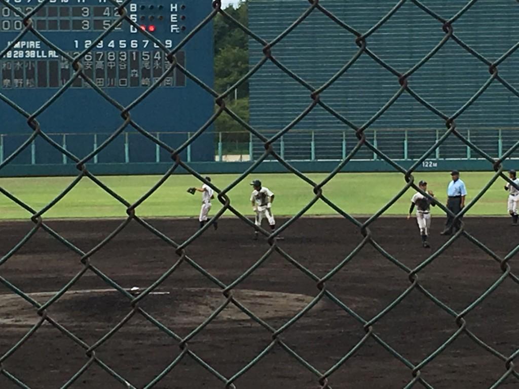 同点タイムリー2塁打を放った鳥井選手