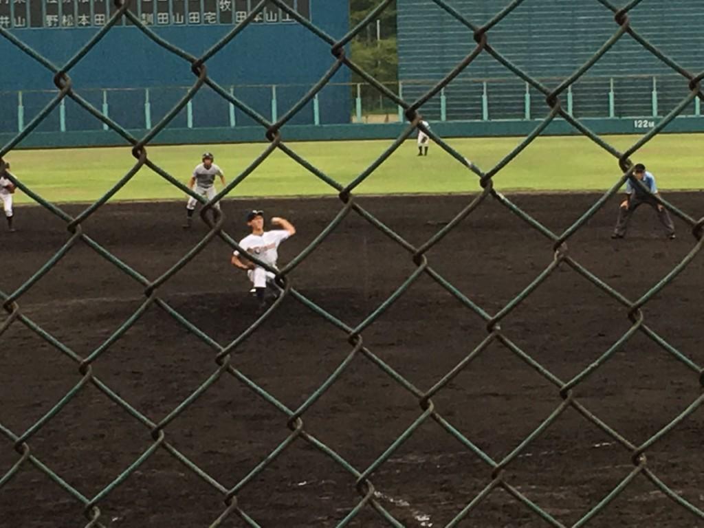 乙訓2番手の冨山投手