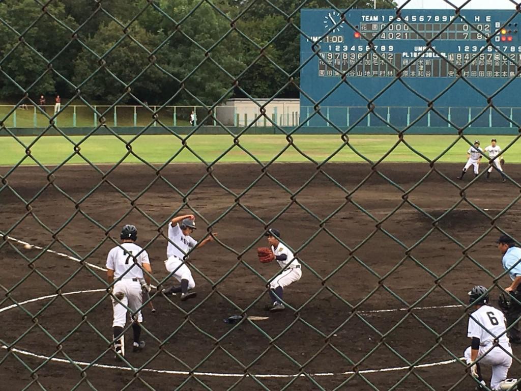 パスボールで松田選手が8点目のホームイン