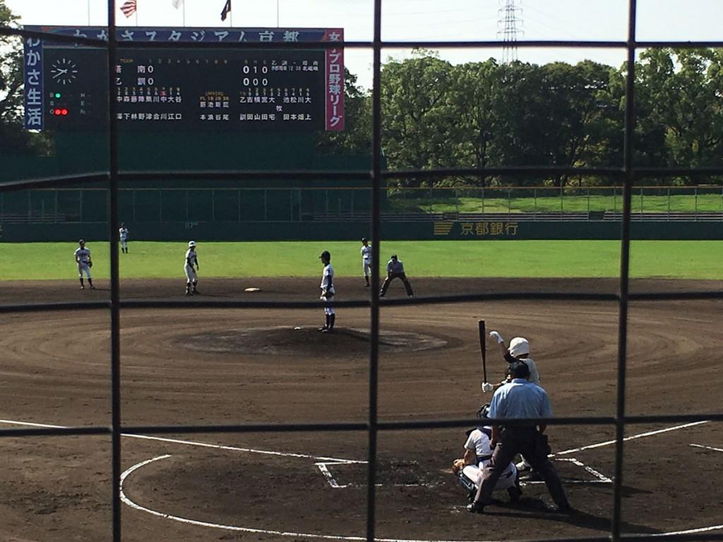 2塁に進む塔南・陣野選手