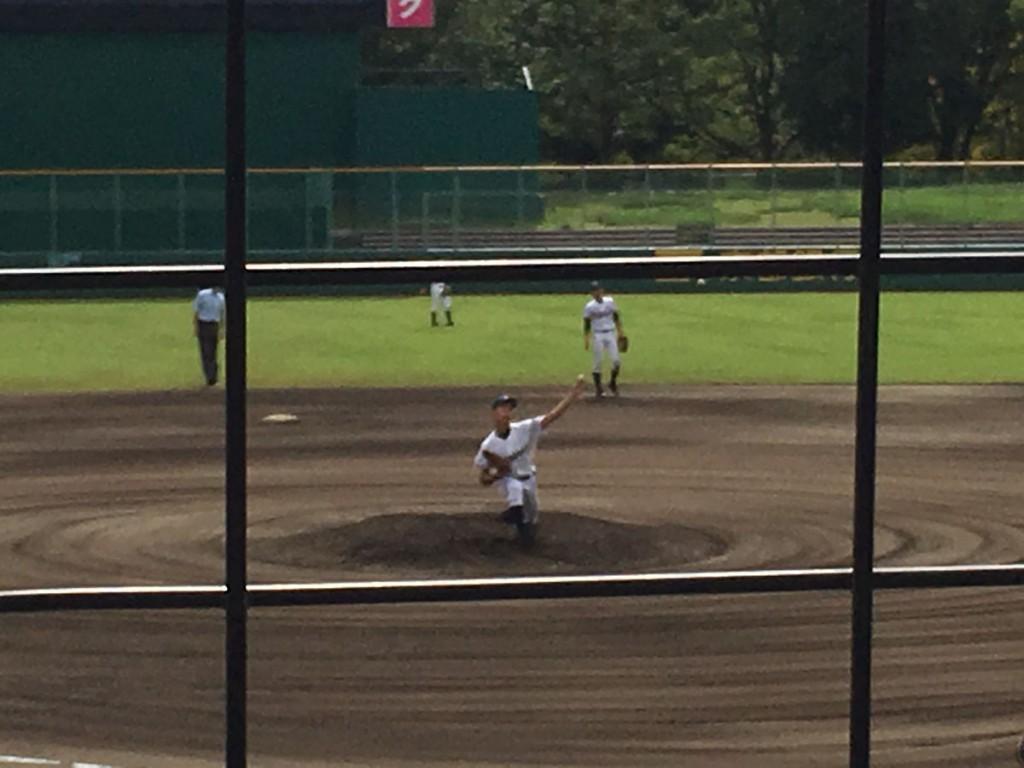 乙訓3番手の冨山投手