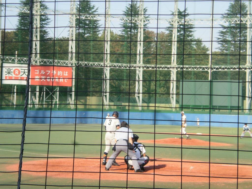 大島浜部投手と帝京中道野手
