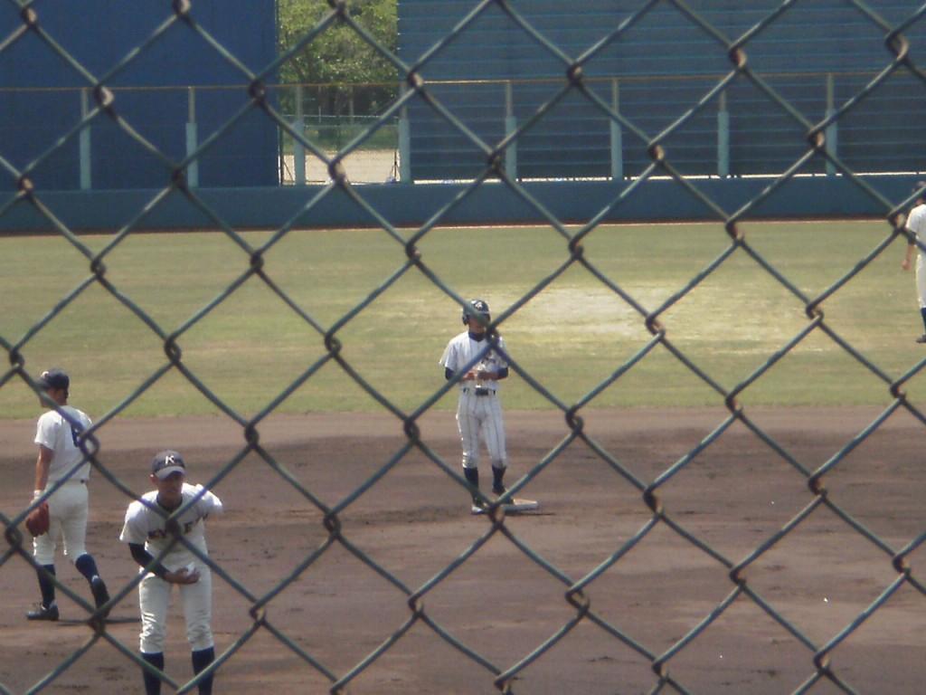 先制タイムリーの洛東・山本投手