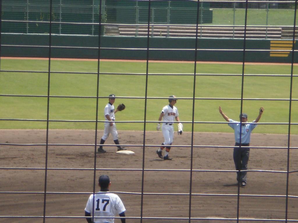 同点タイムリー2塁打の立命館山本選手