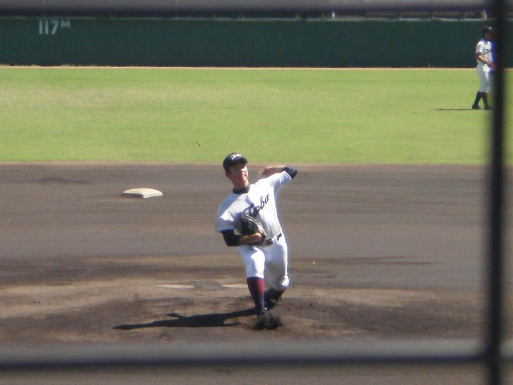 鳥羽先発の山田投手