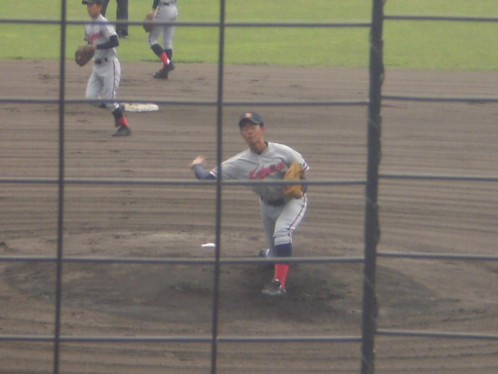 京都国際先発の中川投手