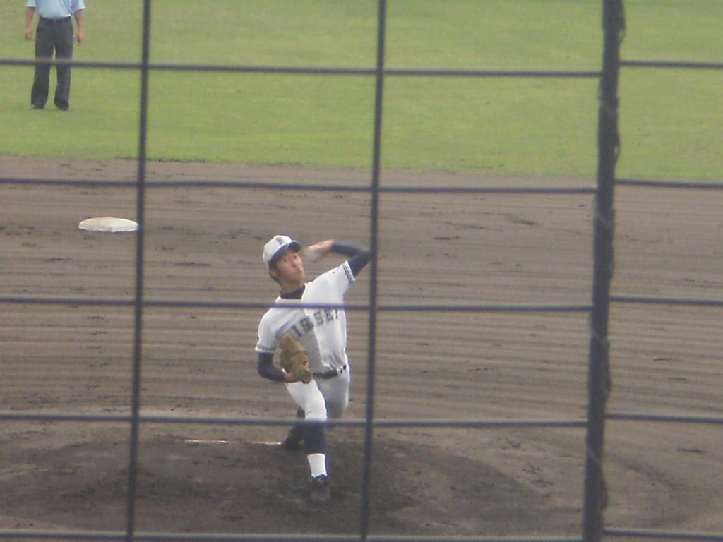 日星の先発エース波多野投手