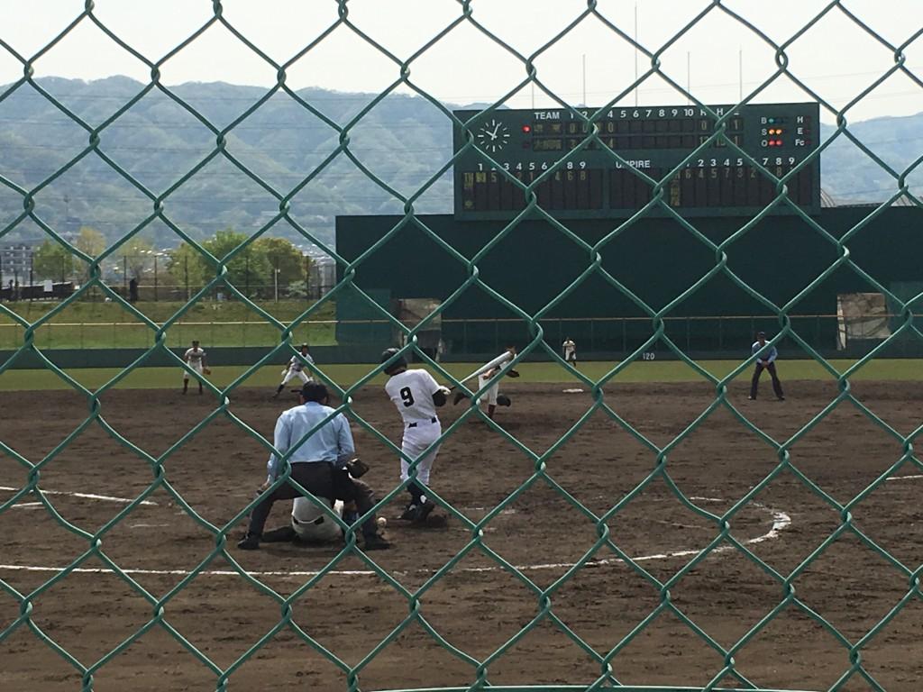堺東背番号9の選手が空振り三振でゲームセット