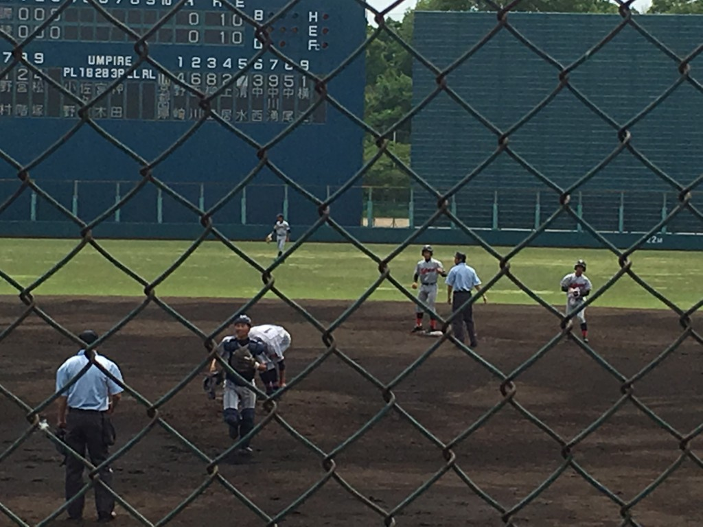 京都国際土居選手が二塁打