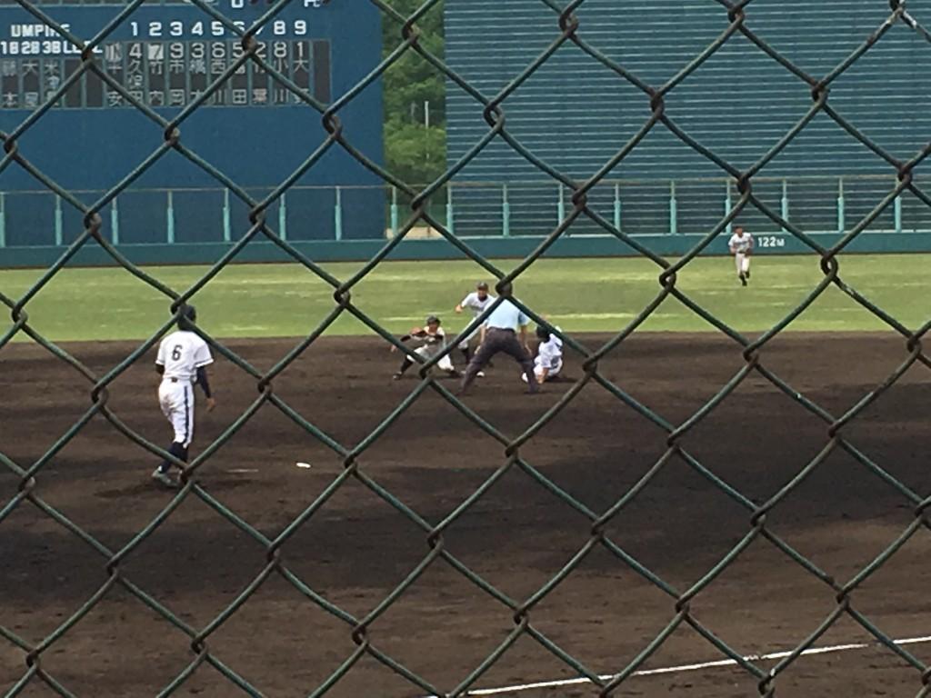 久保田選手が二盗成功