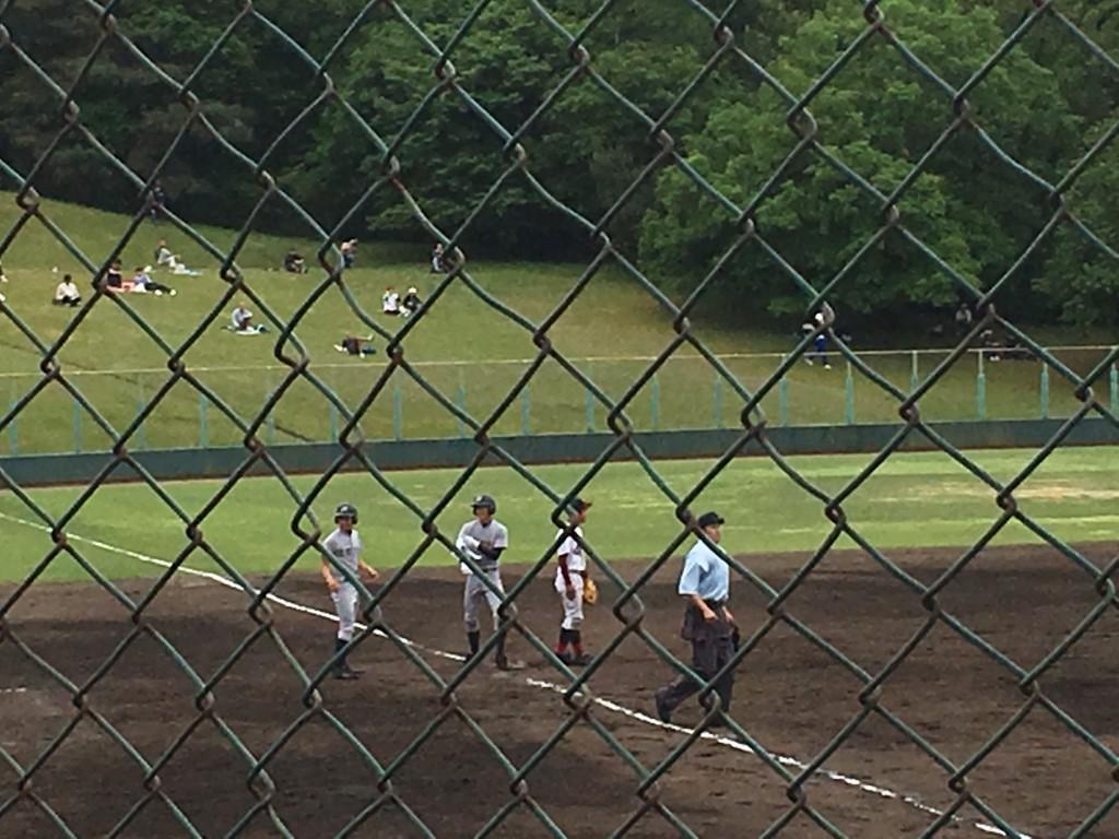 センターオーバーの3塁打を放った福尾選手