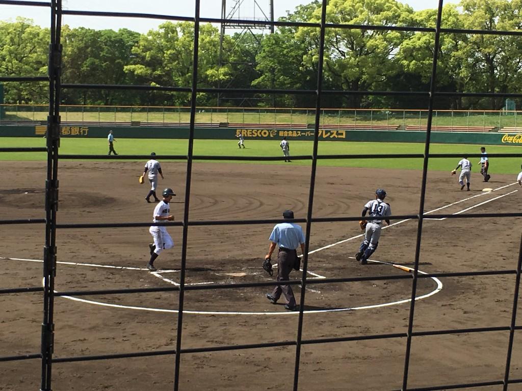 西川選手が2点目のホームイン