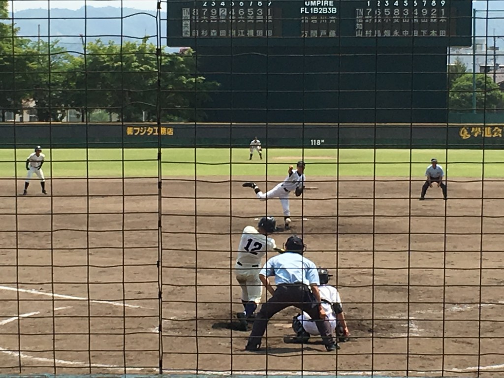 廣田選手がタイムリー2塁打