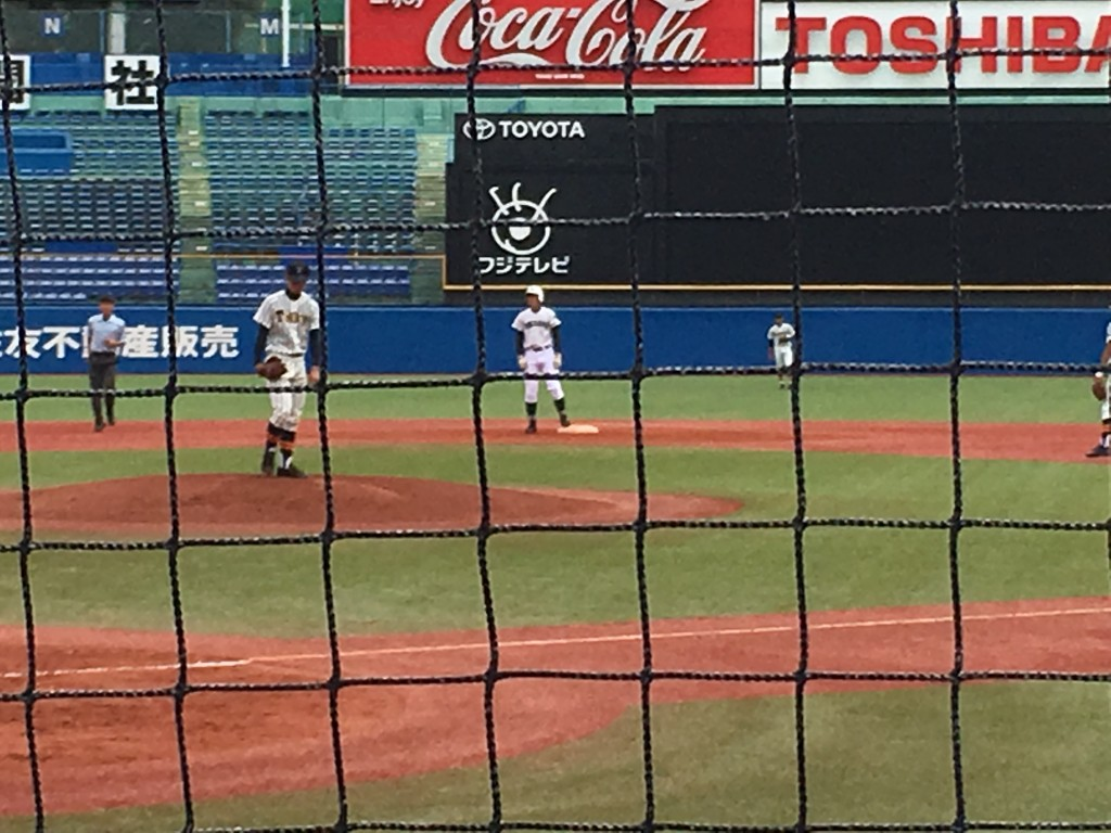 二塁打の野村選手