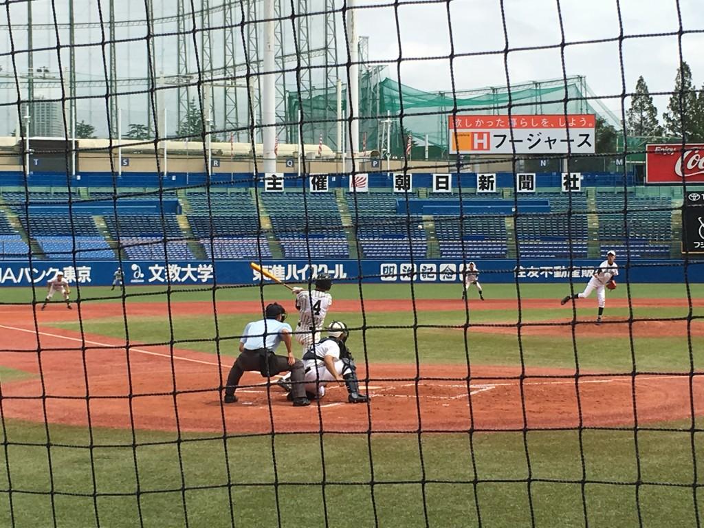 秋葉選手の勝ち越しタイムリー二塁打
