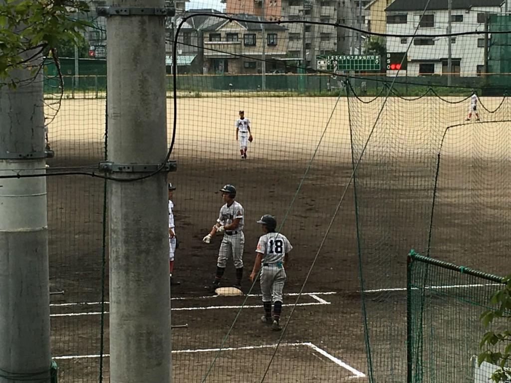 内野安打の太田選手