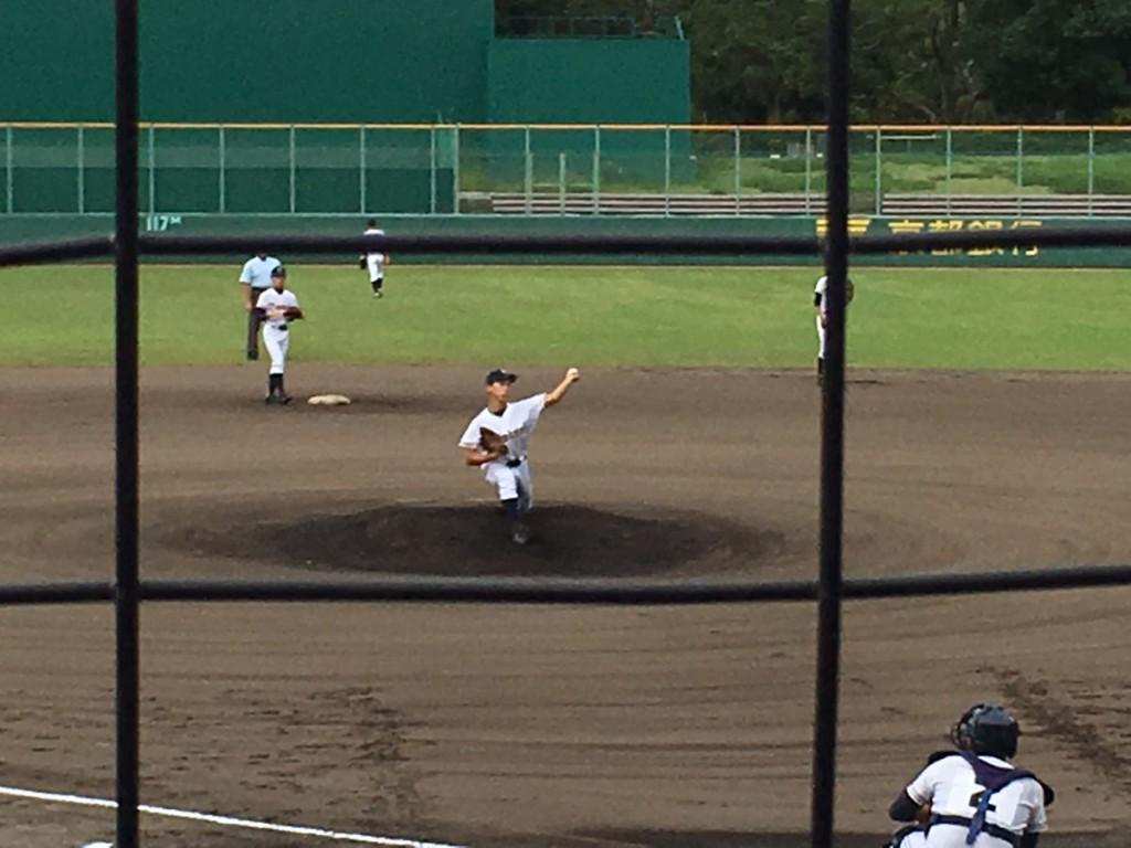 乙訓先発の冨山投手